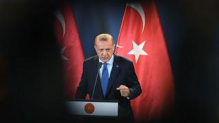 Turkish President Recep Tayyip Erdogan gives a joint press conference with the Hungarian Prime Minister (not in picture) following official talks in the parliament building of Budapest on October 8, 2018.