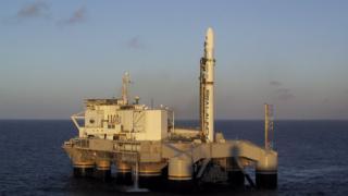 Основа космодрому - морська пускова платформа Odyssey