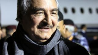 Лидер самопровозглашенной автономии генерал Халифа Хафтар