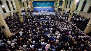 دیدار آیتالله خامنهای با تعدادی از کارگران