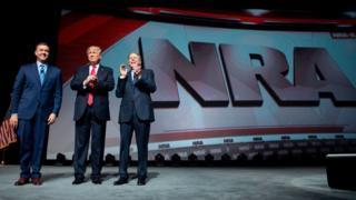 ABD Başkanı Trump, Nisan ayında ABD'deki en büyük silah lobisi olan NRA'nın bir toplantısına katılmıştı.