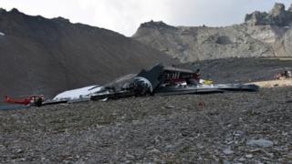 स्विट्ज़रलैंड में विमान हादसाग्रस्त