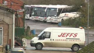 A Jeffs Travel bus