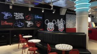 Disney cafe
