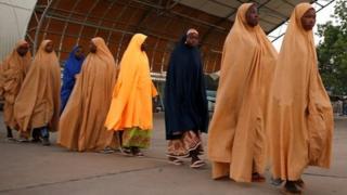 some of di Dapchi girls wey dem just release.