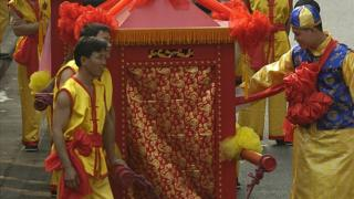 Newlywed couples parade during a traditional mass wedding ceremony on 28 November 2005 in Guangzhou of Guangdong Province, China.