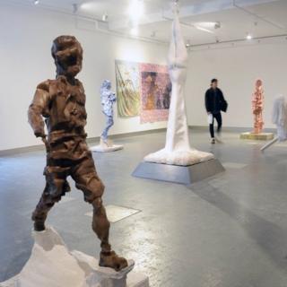 Mohamed Plays sculpture