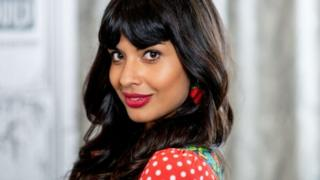 Ban Celebrity Ads For Diet Assistances, Says NHS