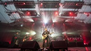 Manic Street Preachers closing the event in 2017