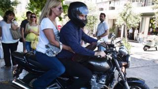 Greece debt crisis: Creditors press for new proposals