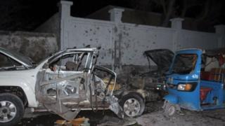 Washambuliaji wawili waliuawa na mmoja akakamatwa, polisi wa Somalia wamesema
