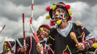 Desfile Tropa de Cáceres en el Carnaval Marqueño, Perú.