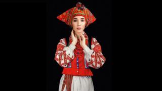 Співачка Анна Завальська