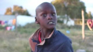 Niño en Kenia