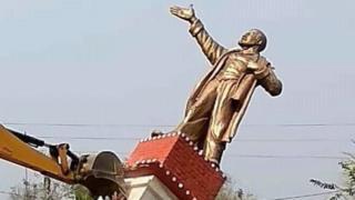 लेनिन का पुतला