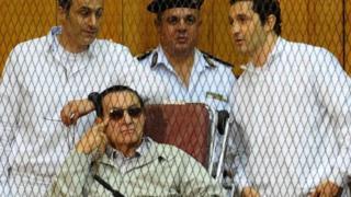 Hosni Moubarak, 87 ans, a dirigé l'Egypte pendant 30 ans.