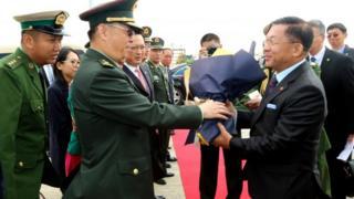 တရုတ်ပြည်ချစ်ကြည်ရေးခရီးစဉ်အဖြစ်ရောက်နေတဲ့ ဗိုလ်ချုပ်မှူးကြီးမင်းအောင်လှိုင်
