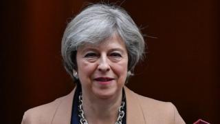 Umushikiranganji wa mbere Theresa May agiye kugirana ibiganiro na EU bizofata niburiburi imyaka ibiri imbere yuko Ubwongereza bugenda