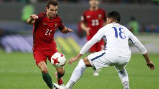 эпизод матча Португалия - Чили