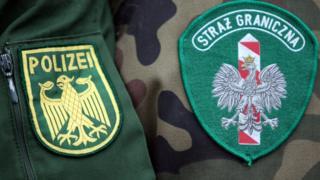 Phù hiệu của Cảnh sát Biên phòng Đức và Ba Lan - hình minh họa