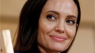 Актриса і посол доброї волі ООН на прес-конференції в березні