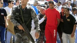Flamingo'nun eski kalecisi Bruno Fernandes 2010 yılında tutuklanmıştı