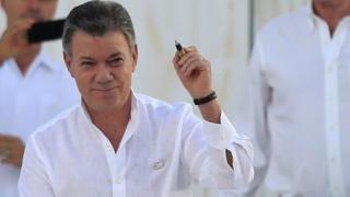 Juan Manuel Santos luego de la firma del acuerdo de paz con las FARC en Cartagena.