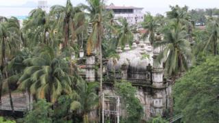 Masjid di Sittwe