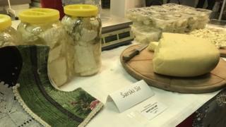 šarski sir na festivalu sira