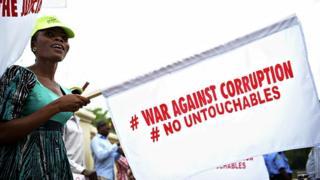 Nigeria corruption : 110 millions de dollars de pot-de-vin par an