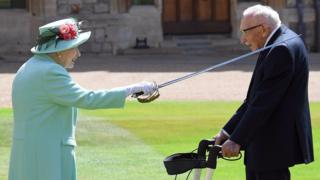 HM Queen and Tom Moore