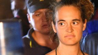 Sea Watch 3 gemisinin kaptanı Alman vatandaşı Carola Rackete gözaltına alındı.