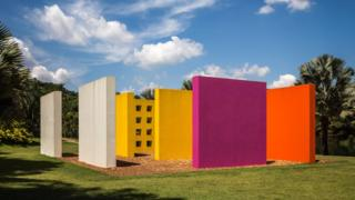 The Magic Square is a creation of Brazilian visual artist Hélio Oiticica, who died in 1980. Never executed in his lifetime, his blueprints were brought to life at Inhotim.