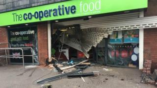 Front of a supermarket in Stoney Stanton