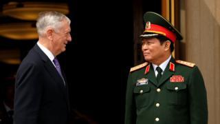 Bộ trưởng Quốc phòng Hoa Kỳ Jim Mattis tiếp Tướng Ngô Xuân Lịch hôm 8/8 tại Washington