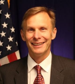美国驻中国大使馆临时代办阮大为(David Rank)