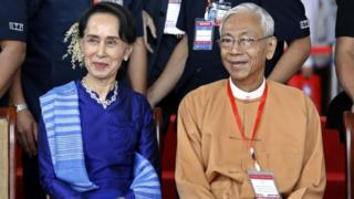 アウンサンスーチー氏は大統領への選出を禁止されていたが、事実上のミャンマー大統領として活動してきた