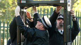 شرطة مدارس بريطانيا