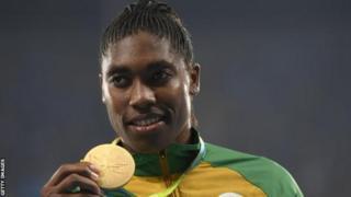 Umunya-Afurika y'epfo Caster Semenya afite imidali ibiri wa Olympike mu gusiganwa ku maguru muri metero 800