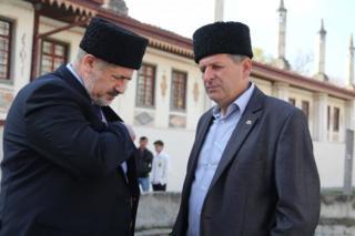 Глава Меджлиса Рефат Чубаров (слева) и Ахтем Чийгоз