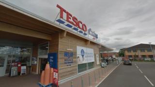 Tesco Extra Newmarket