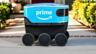 Delivery-robot-made by-Amazon