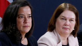 Jody Wilson-Raybould (L) and Health Minister Jane Philpott (R)