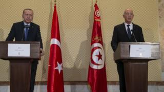 مؤتمر الرئيسين التركي والتونسي الصحفي في تونس