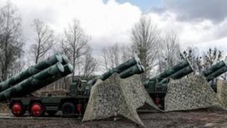 تركيا تنهي صفقة شراء أنظمة دفاع جوي إس -400 من روسيا