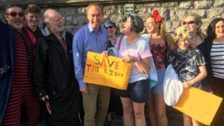 Friends of Grange Lido lobby Tim Farron