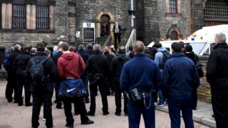Prison officers protesting at Wandsworth prison