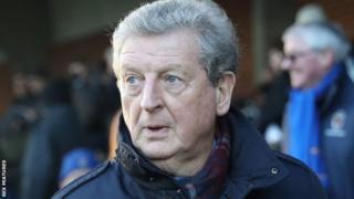 Aliyekuwa kocha wa Uingereza Roy Hodgson afanya mazungumzo na Leicester