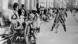 Войска на улицах Мехико во время гражданской войны 1911-1916 годов