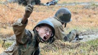 Soldados surcoreanos en ejercicios militares.
